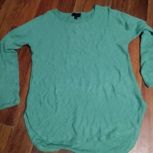 Investments swearter size m